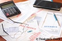 The invoice is overdue! - Writing payment reminders and replies